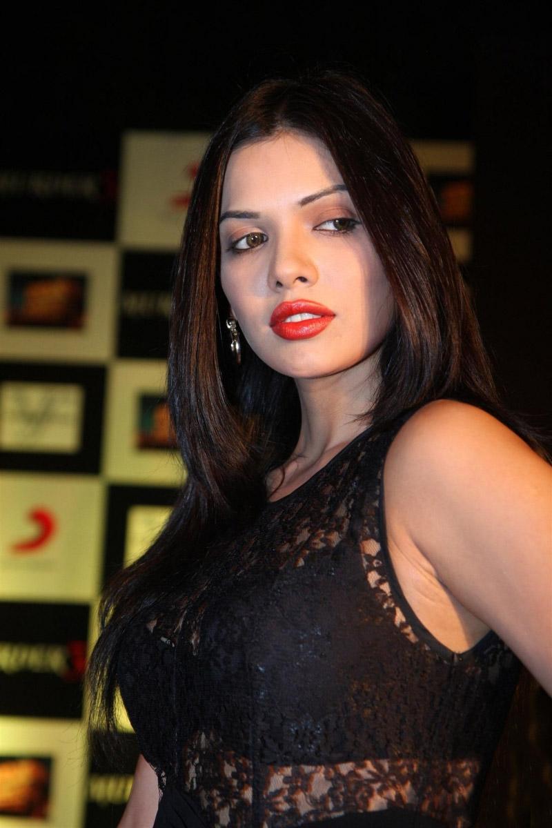 hot actress sara loren bio & pictures hot actress sara loren bio