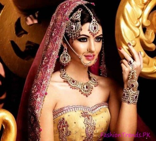 Kundan Jewellery Designs 2015 (10)