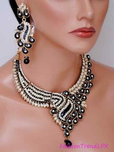 Kundan Jewellery Designs 2015 (8)