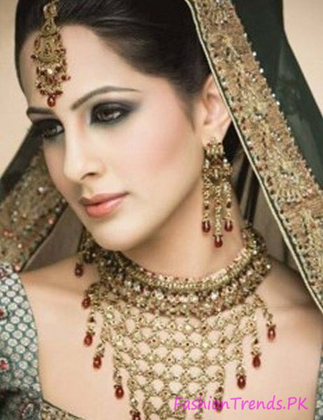 Kundan Jewellery Designs 2015 (4)