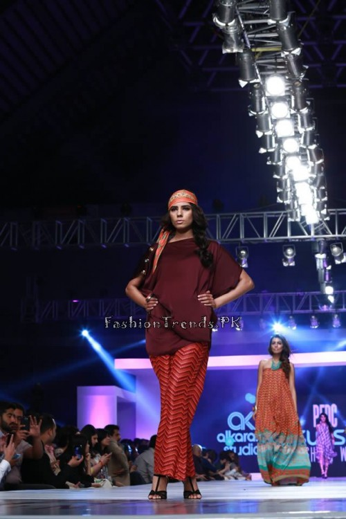 Alkaram 'Savoir Vivre' Collection at PFDC Sunsilk Fashion Week 2015 (3)