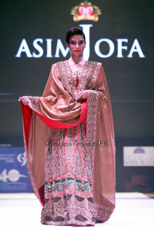 Asim Jofa Collection at IFF of Doha 2015 (1)