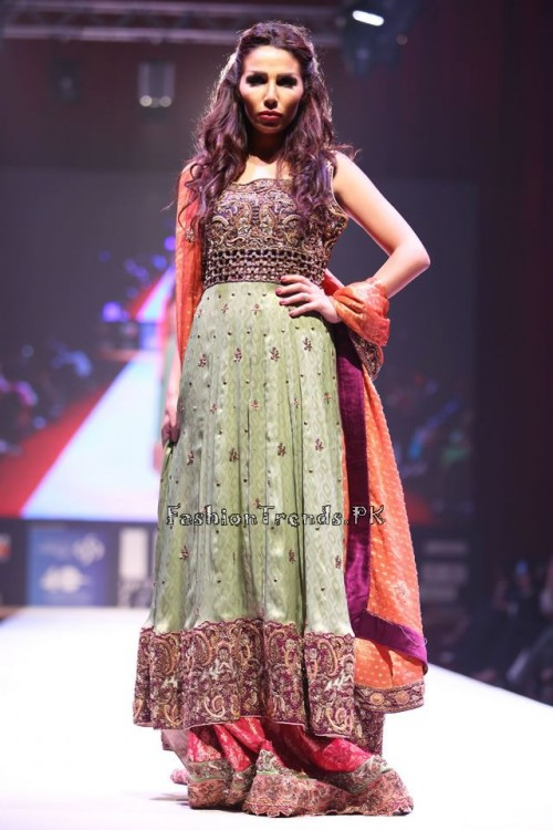 Asim Jofa Collection at IFF of Doha 2015 (2)