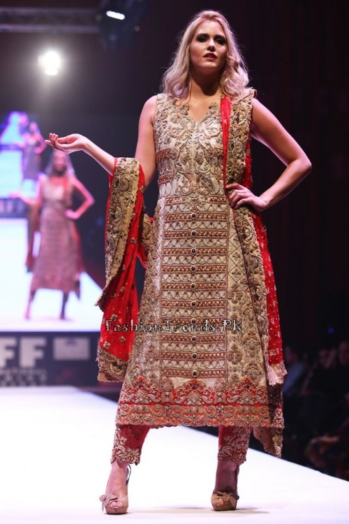 Asim Jofa Collection at IFF of Doha 2015 (5)