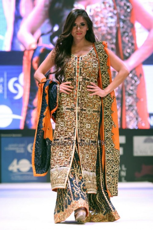 Asim Jofa Collection at IFF of Doha 2015 (9)