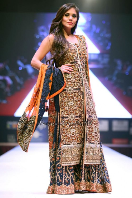 Asim Jofa Collection at IFF of Doha 2015 (10)