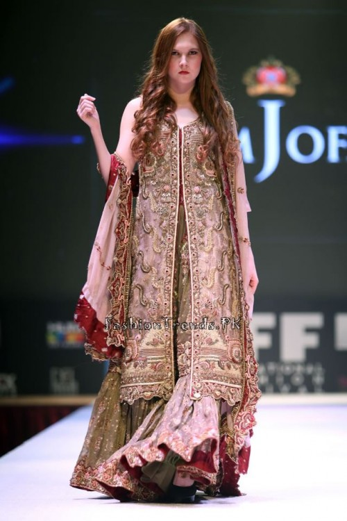 Asim Jofa Collection at IFF of Doha 2015 (11)