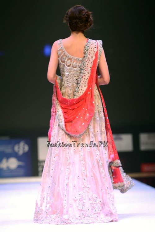 Asim Jofa Collection at IFF of Doha 2015 (13)