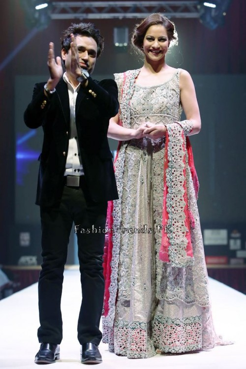 Asim Jofa Collection at IFF of Doha 2015 (15)