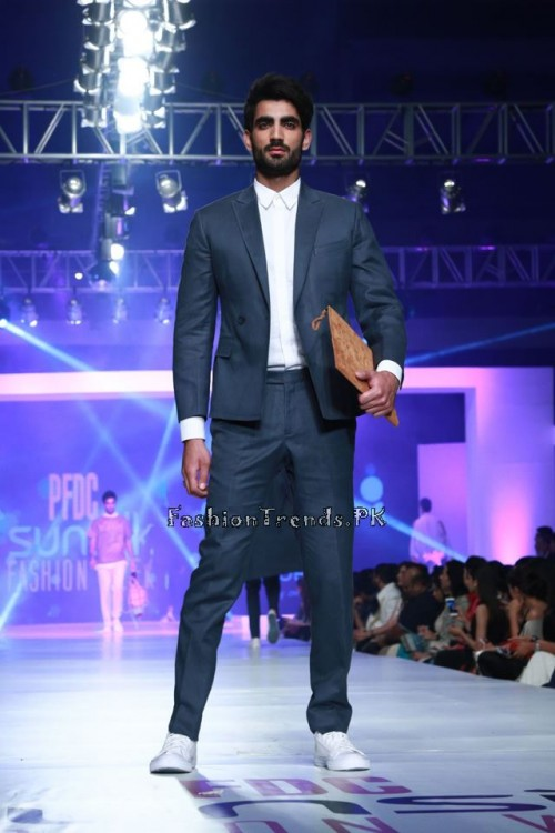 Republic By Omar Farooq at Collection PFDC Sunsilk Fashion Week 2015 (5)