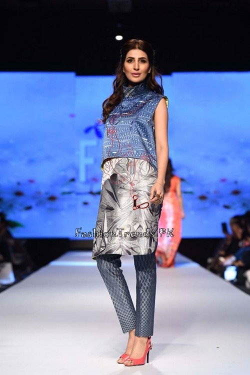 Sania Maskatiya Luxury Pret Collection at TPFW 15 (4)