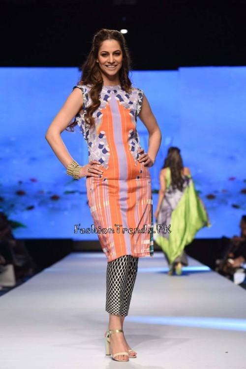 Sania Maskatiya Luxury Pret Collection at TPFW 15 (9)