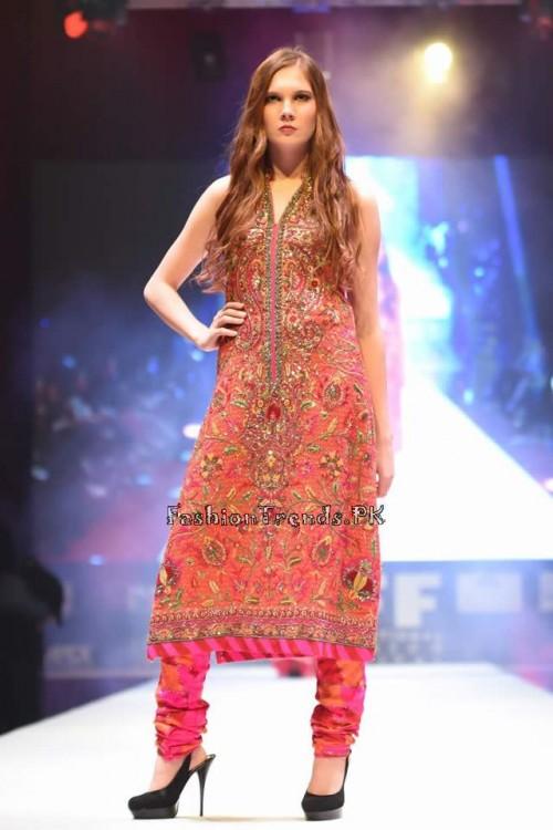 Umar Sayeed Bridal Collection at QIFF (6)