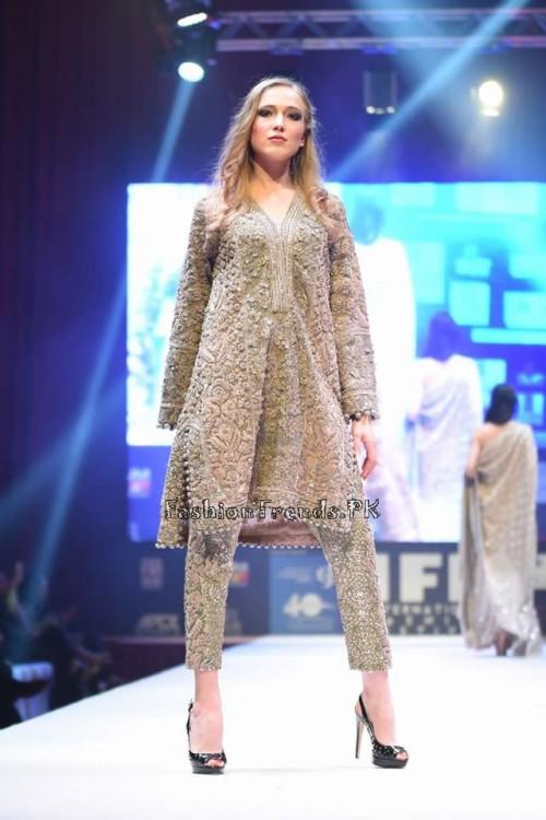 Umar Sayeed Bridal Collection at QIFF (15)