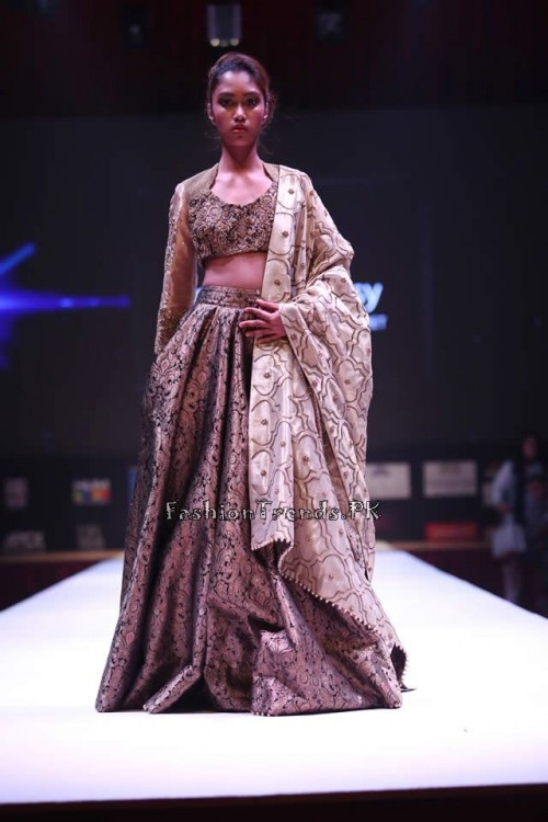 Adnan Pardesy Bridal Collection at 2015 IFF Doha (1)