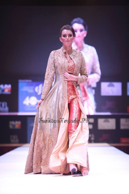 Adnan Pardesy Bridal Collection at 2015 IFF Doha (3)