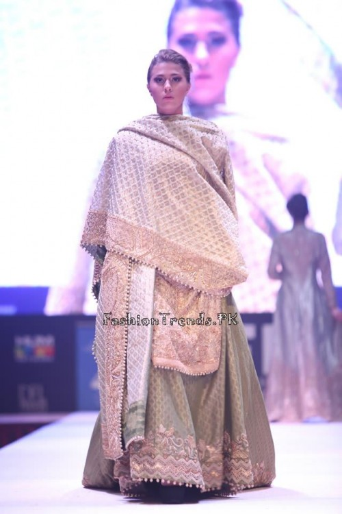 Adnan Pardesy Bridal Collection at 2015 IFF Doha (4)