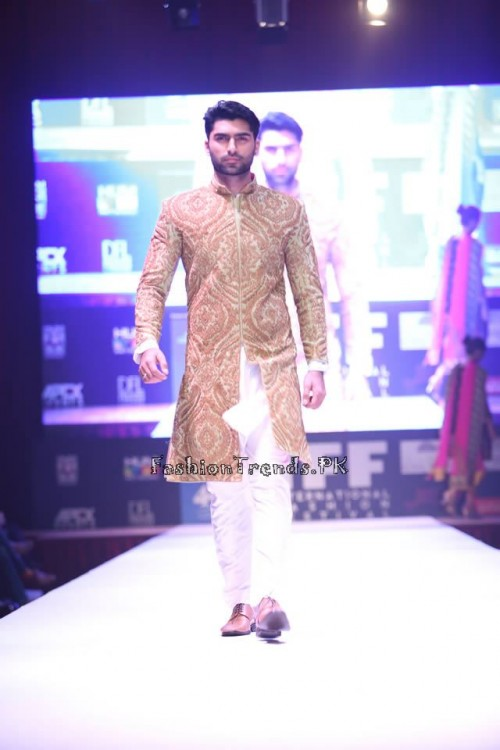Adnan Pardesy Bridal Collection at 2015 IFF Doha (8)