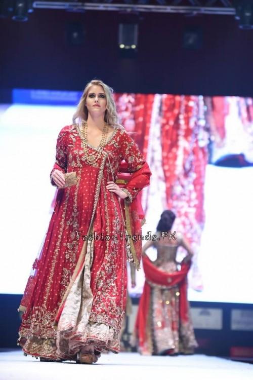 Rana Noman Haq Bridal Collection at International Fashion Festival 2015 (5)