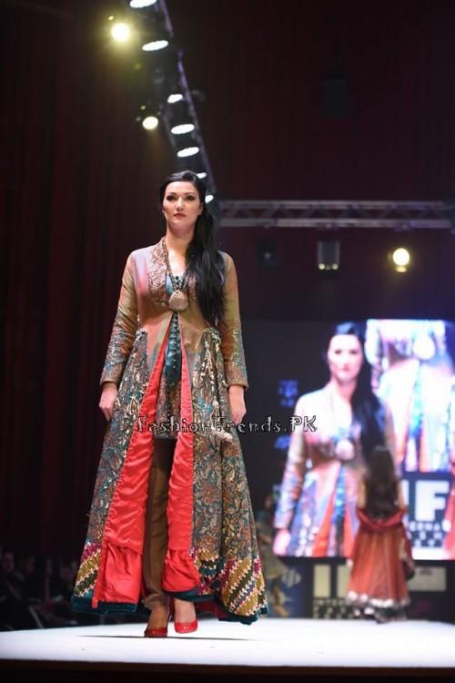 Rana Noman Haq Bridal Collection at International Fashion Festival 2015 (7)