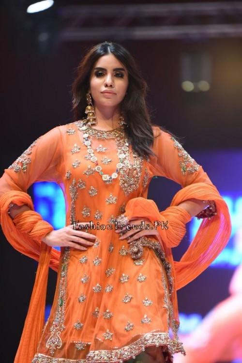 Rana Noman Haq Bridal Collection at International Fashion Festival 2015 (10)