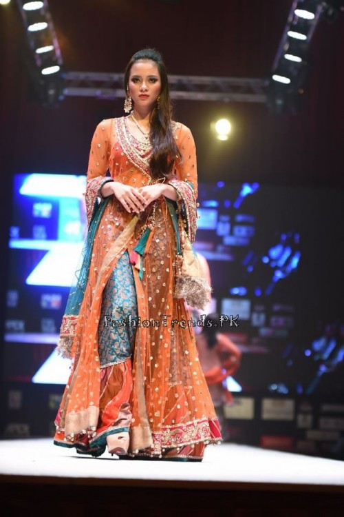 Rana Noman Haq Bridal Collection at International Fashion Festival 2015 (12)