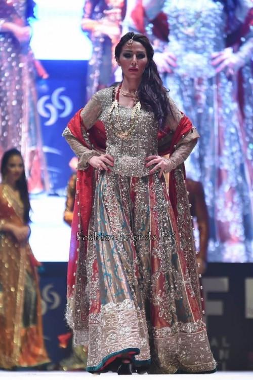 Rana Noman Haq Bridal Collection at International Fashion Festival 2015 (16)