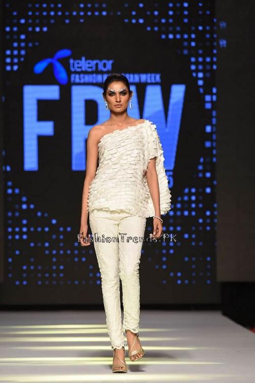 Rizwanullah Summer Collection at TFPW 2015 (16)