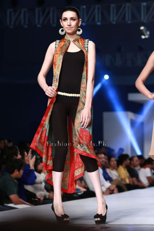 Shirin Hassan 'Rock N Rolla'Col. at PFDC Sunsilk Fashion Week 2015 (8)