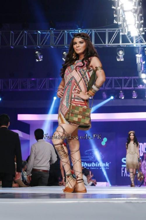 Shubinak Collection PFDC Sunsilk Fashion Week 2015 (1)