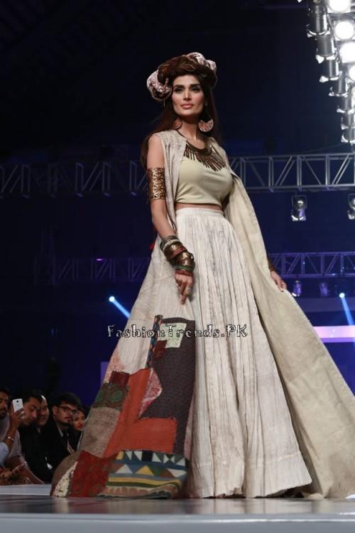 Shubinak Collection PFDC Sunsilk Fashion Week 2015 (23)