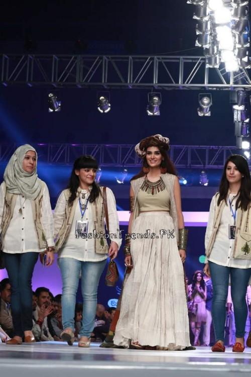 Shubinak Collection PFDC Sunsilk Fashion Week 2015 (24)