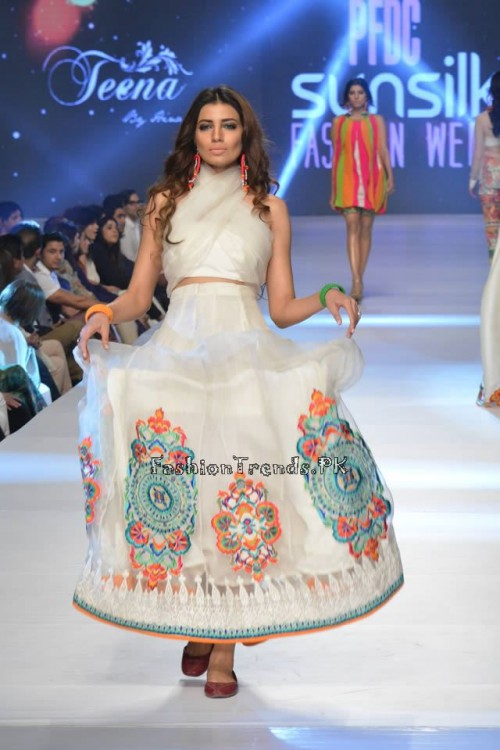 Teena by Hina Butt PFDC Sunsilk Fashion Week 2015 (3)