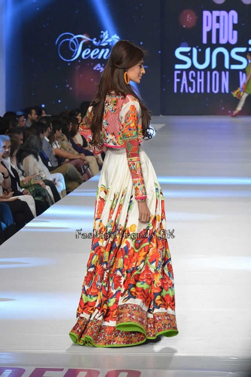 Teena by Hina Butt PFDC Sunsilk Fashion Week 2015 (17)