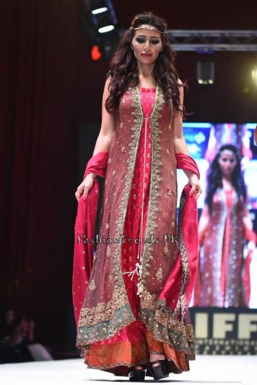 Uzma Babar Bridal Collection at IFF 2015 Doha (2)