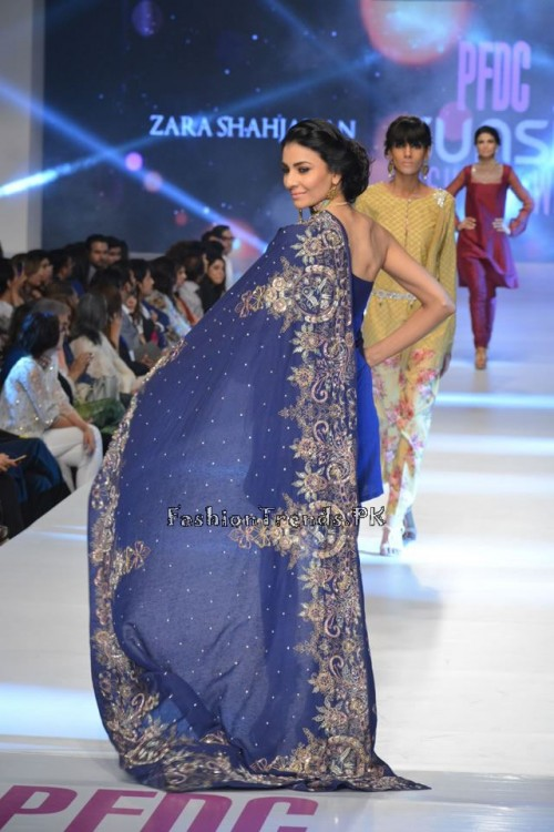 Zara Shahjahan New Vintage at PFDC Sunsilk Fashion Week 2015 (4)