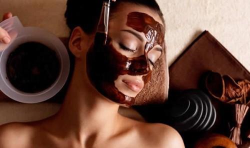 1. Chocolate Face Mask