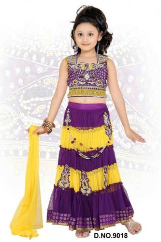 Attractive-Kids-Lehenga-Choli-Designs-For-Summer-1