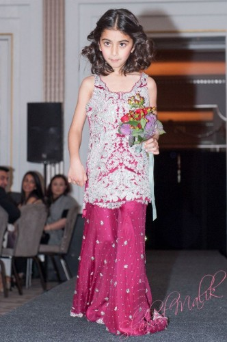 Attractive-Kids-Lehenga-Choli-Designs-For-Summer-12