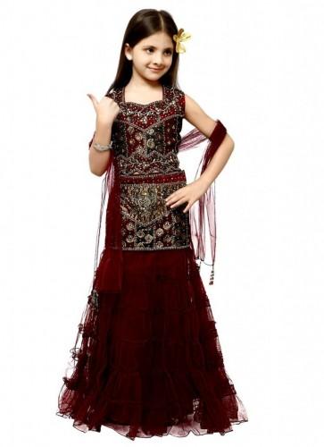 Attractive-Kids-Lehenga-Choli-Designs-For-Summer-14-745x1024