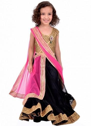 Attractive-Kids-Lehenga-Choli-Designs-For-Summer-8-745x1024
