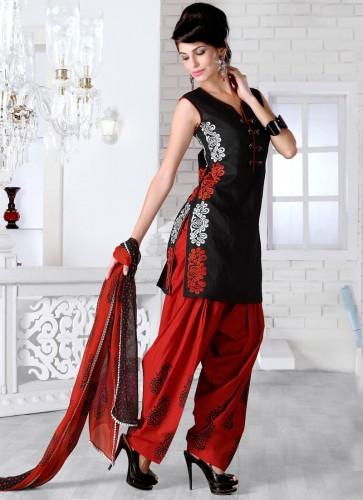 Desi-Stylish-Dresses-Best-Desi-Girls-Suits-Wear-1