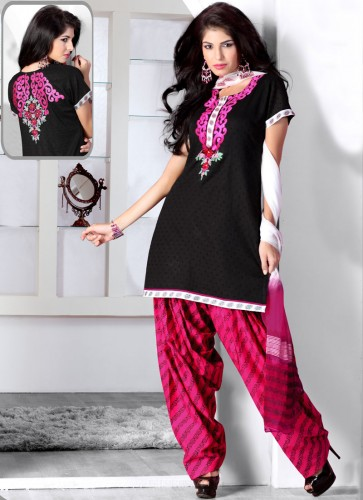 Desi-Stylish-Dresses-Best-Desi-Girls-Suits-Wear-3