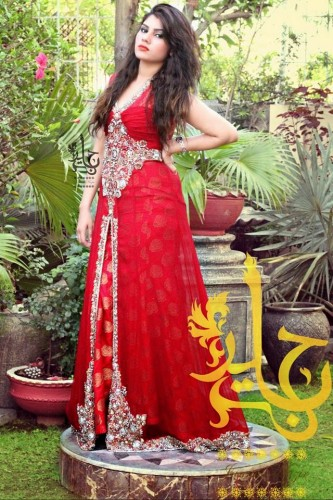 Latest-Open-Stylish-Gown-Collection-2015-by-Jannat-Nazir-13