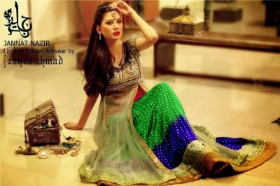 Latest-Open-Stylish-Gown-Collection-2015-by-Jannat-Nazir-15
