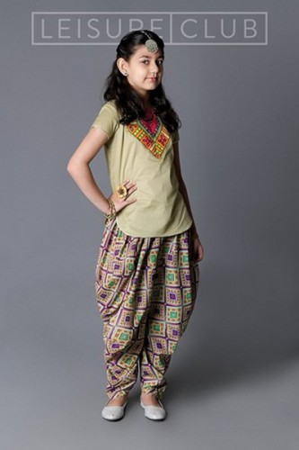 Leisure-Club-Midsummer-Collection-2015-For-Girls1