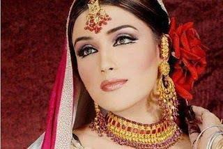 Pakistani bridal makeup collection 2015 For Girls-5