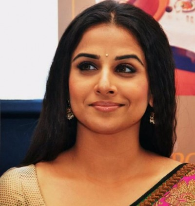 Ranking-Of-Bollywood-Actresses-In-2015008