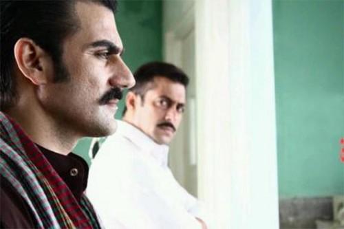 Arbaaz Khan and Salman Khan in Dabangg