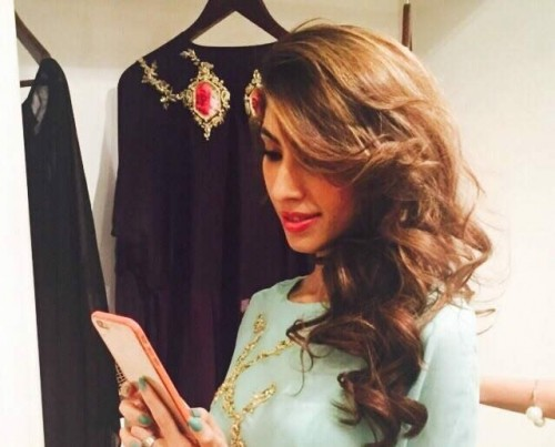Teena By Hina Butt Winter Wedding Outfits 2015 for Girls 01